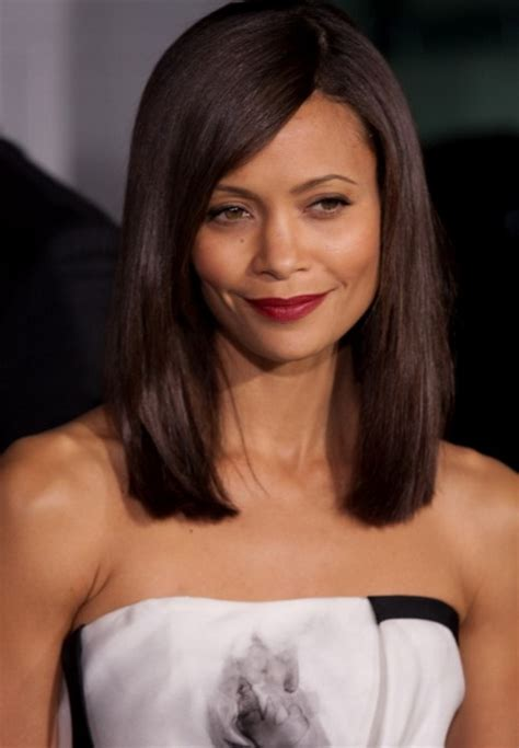 pictures of below shoulder length hair shoulder length straight haircuts
