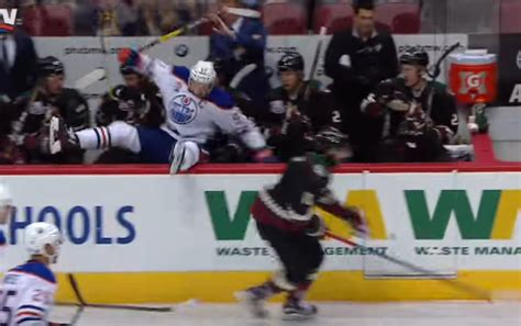 hit the bench video connor mcdavid jumps into the coyotes bench to avoid a hit puck drunk love