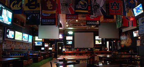 top sports bars this world rocks las vegas s best sports bars this world
