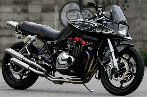 Suzuki Gsx 1100 Katana Planet Japan Suzuki Gsx 1100 S Katana By Custom Bike