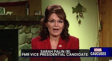sarah palin pictures videos breaking news sarah palin debuts wavy hair on fox news video huffpost