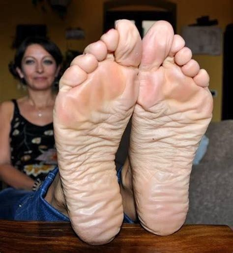 granny foot 139 best mature feet images on pinterest sexy feet sexy