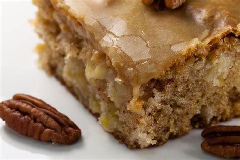 apple dapple cake recipe 13 x 9 pan kruizing with kikukat feels like fall fresh apple cake