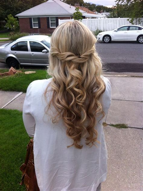 semi formal hairstyle 25 best ideas about semi formal hair on semi
