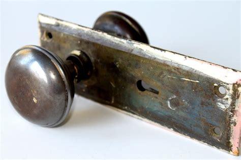 set of vintage door knob and skeleton key trim by vintagesong