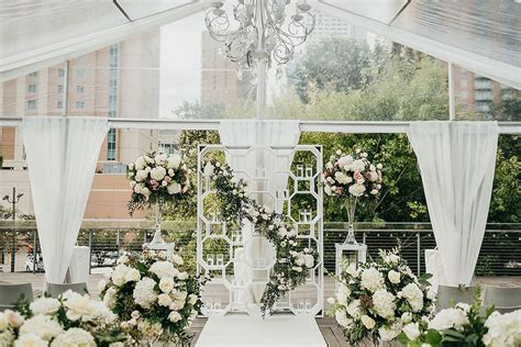 Glamorous Garden Party Wedding at The Grove Houston