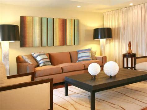 contemporary colors for living room sa bež nijansom od hladnih do toplih enterijera
