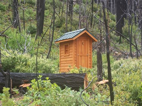 small cabin ideas inexpensive small cabin plans small cing cabin kits