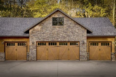 Farm Style Garage Doors by 63 Best Farmhouse Style Images On Carriage