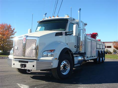 kenworth trucks 2017 2017 kenworth t880 tow trucks for sale used trucks on