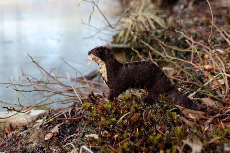 felt otter pattern the rambunctious river otter downeast thunder farm