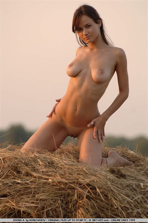 Naked And Wild Erotic Art In The Nature Ta XXX Dessert