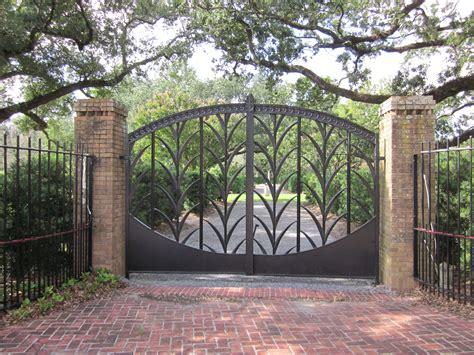 Backyard Design Software - file city park nola 4 july 2010 garden gate jpg wikimedia commons