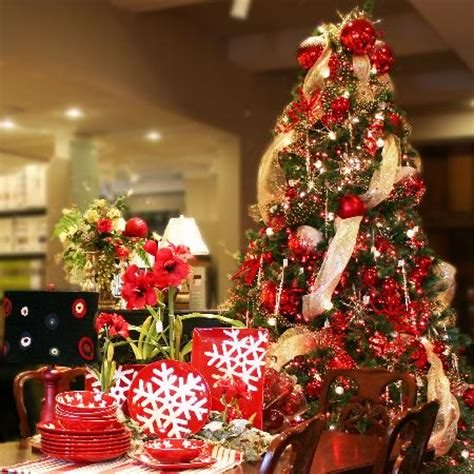 extraordinary gifts year round christmas shop picture