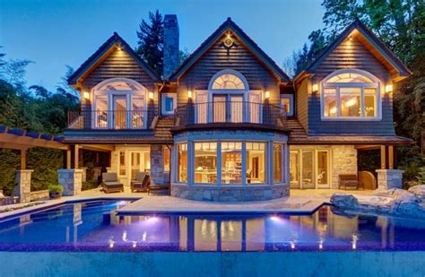 beautiful waterfront property on mercer island