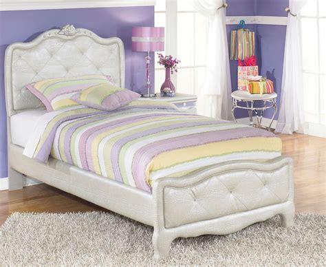 zarollina youth upholstered bedroom set  ashley    coleman furniture