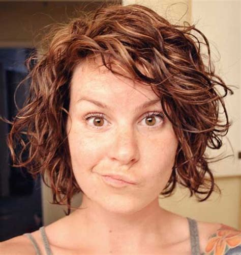 how to curly a short bob hairstyle 13 best short layered curly hair short hairstyles 2017