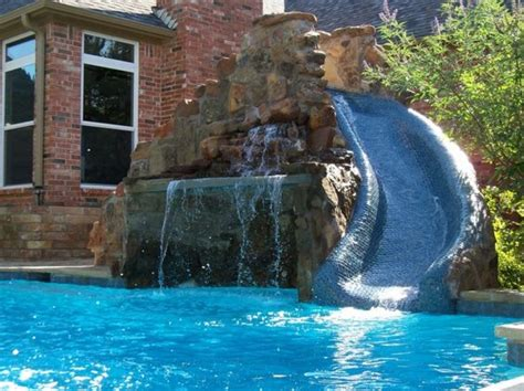 Design For Coolest Pools Mini Swimming Pool Designs Cool Small Pool Designs Pool Home Nurani