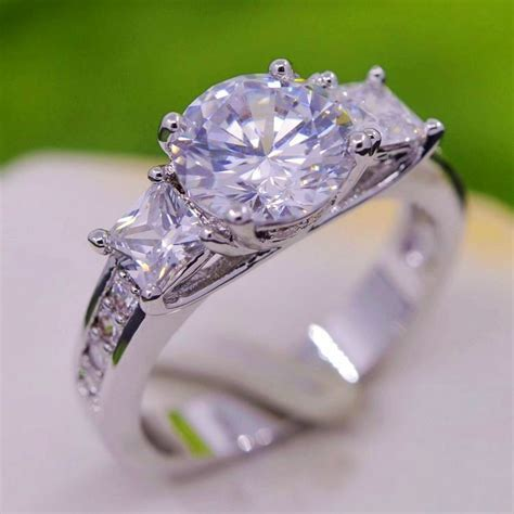 Best Place to Buy Engagement Ring   Unique Engagement Ring