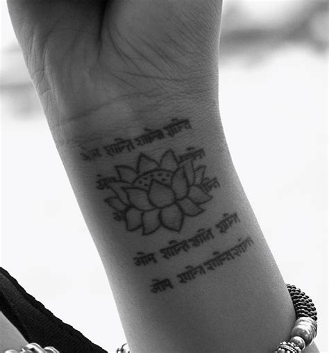 lotus wrist tattoo creative tattoos wrist tattoos