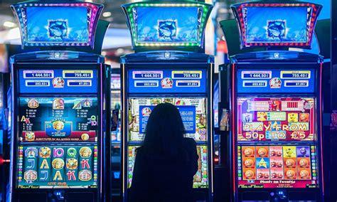 finding slot machine  play