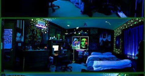 stoner bedroom ideas black light stoner room room ideas stoner