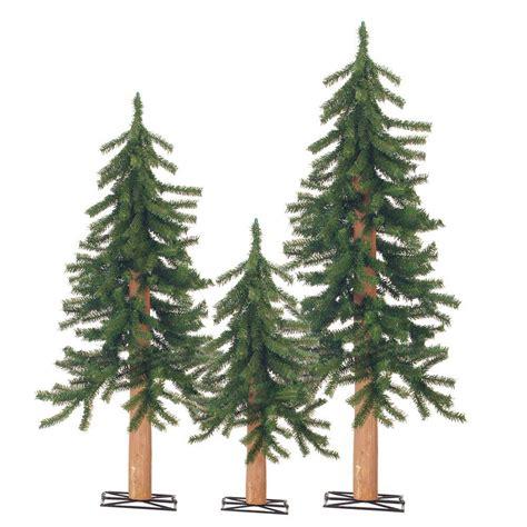 christmas tree unlit