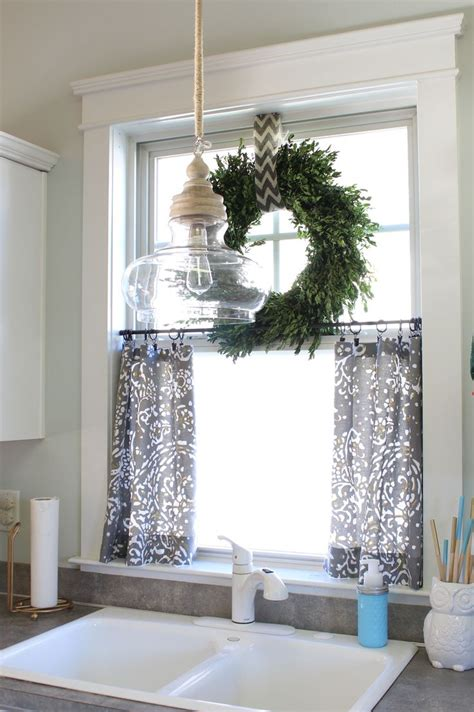 Bathroom Window Curtain Decor 25 Best Ideas About Bathroom Window Curtains On Pinterest Half Window Curtains Kitchen