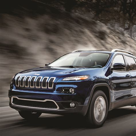 Jeep Grand Outlander Compact Suv Comparison 2017 Jeep V Mitsubishi