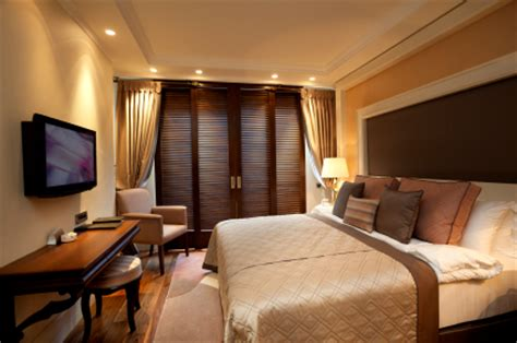 How To Make Your Hotel Lighting More Energy Efficient Hotel Bedroom Lighting