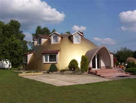 dream homes construction polish entrepreneur builds his monolithic dome dream home