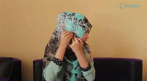 tutorial hijab segiempat hang out hijab simple ke kantor hijaberduit