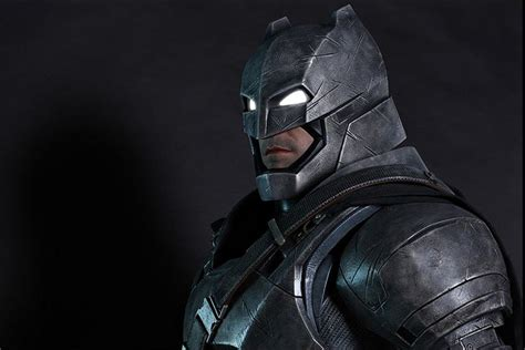 Toys Batman Vs Superman Armored Batman sideshow is selling 7 foot ben affleck armored batman figure for 8 000 mikeshouts