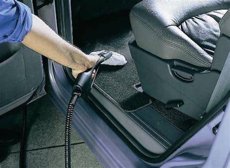 come pulire la tappezzeria della macchina come disinfettare l auto la tua auto