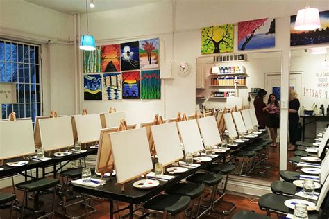 Painting Classes Nyc by 9 Paint Sip Studio New York For Creative Teambuilding