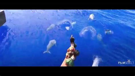 moana boat crash moana teaser trailer review reviewing all 56 disney