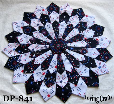 quilt pattern dresden plate free one patriotic center piece dresden plate quilt block 16 1