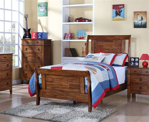 tucson bedroom set chestnut finish ts555tb decor south