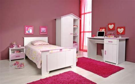 kronleuchter kinderzimmer weiß dekor rosa babyzimmer