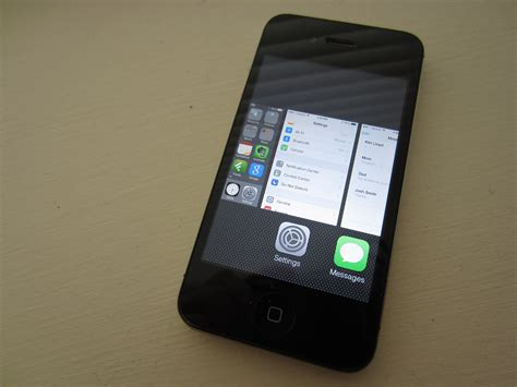iphone 4s review ios 8 1 iphone 4s reviews should you install ios 8 1