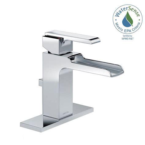 shop delta cassidy chrome 1 handle single hole bathroom delta cassidy single hole single handle bathroom faucet