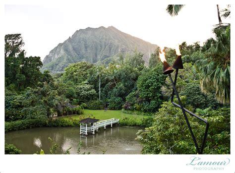 Garden Oahu Hawaii Wedding Photographer Wedding At Haiku Gardens And