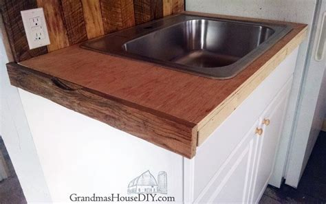 Plywood Kitchen Countertops by Wood Working Diy Mahogany Kitchen Counter Tops Out Of Plywood