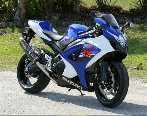 suzuki gsx  review custom motorcycles