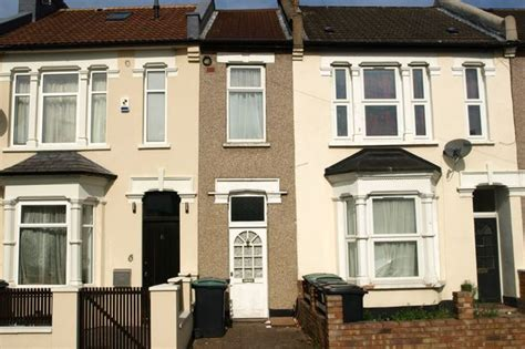 12 bedroom house for sale in london britain s narrowest house is less than 7ft wide but you