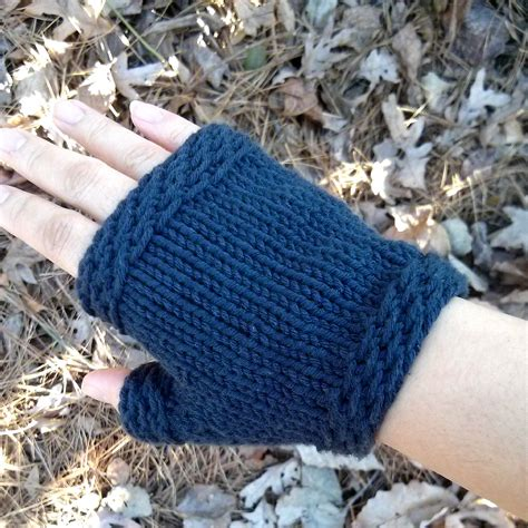 knitting pattern gloves fingerless easy knit fingerless gloves purl avenue