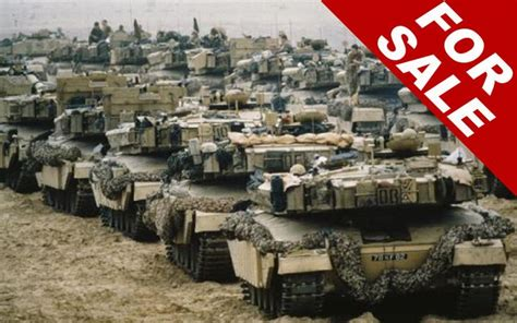 hand boots   army tanks britains