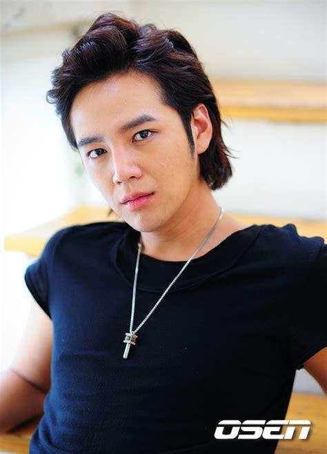 film pendek jang geun suk jang geun suk s tv documentary labels him as world prince