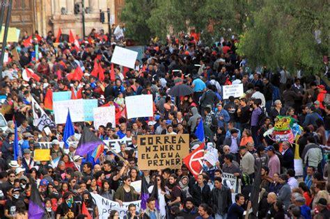 imagenes comicas en contra del gobierno multitudinarias marchas de protesta en por lo menos ocho
