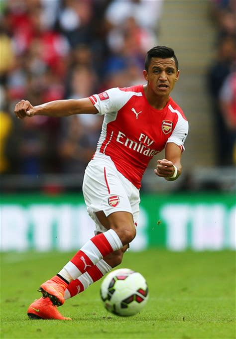 alexis sanchez vs arsenal alexis sanchez pictures manchester city v arsenal zimbio